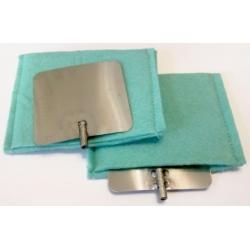 Fém elektróda pár köztianyag zsákokkal
